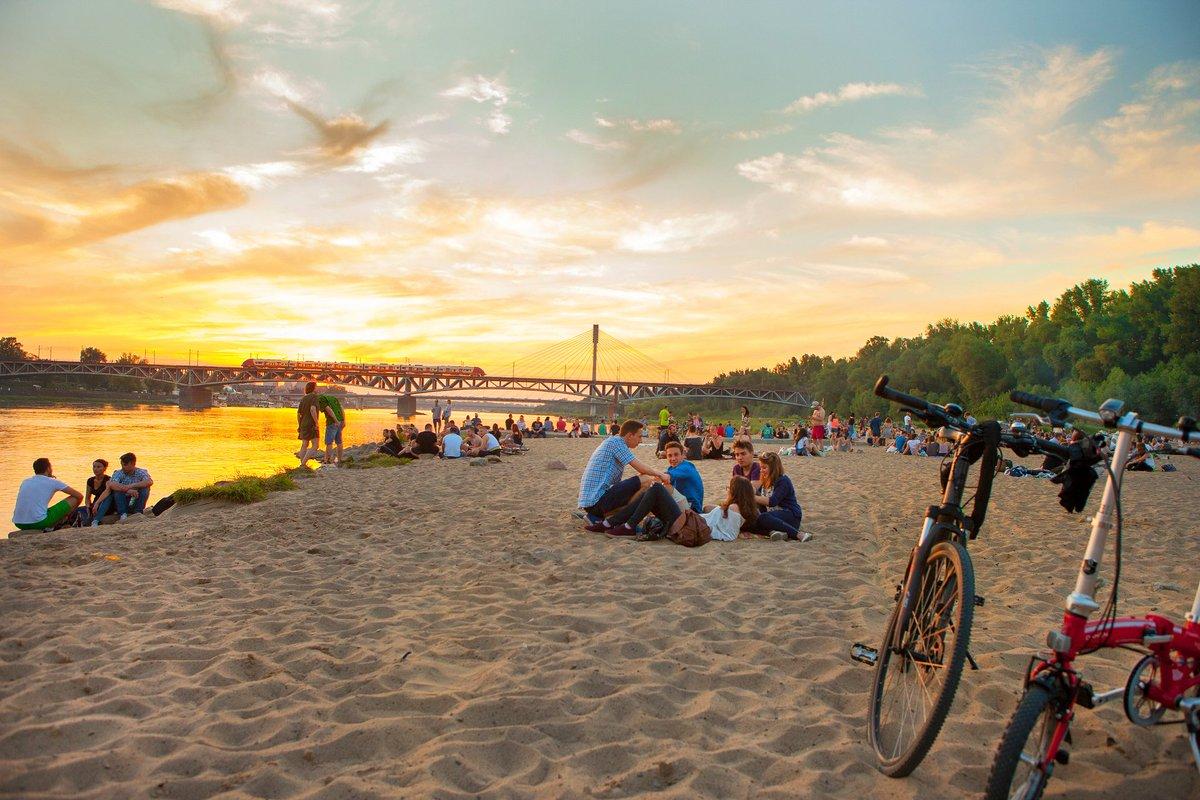 Trộm nhớ mùa hè Warszawa
